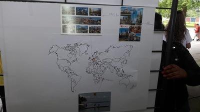 """Le projet """"Cartes postales"""" continue ... Qui veut faire le tour de France avec nous ?"""