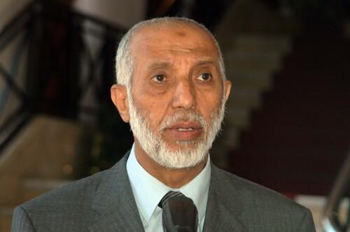 """Enrico Macias, """"humilié"""" de ne pouvoir revoir l'Algérie ? La raison ? Son point de vue et celui des Algériens"""