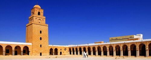 L'Islam, pouvoirs, sociétés et cultures.
