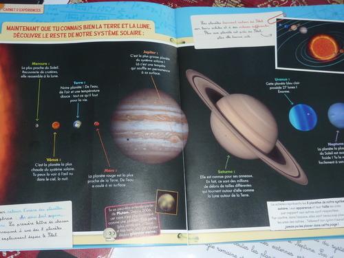 Découvrir le système solaire + texte dys