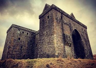 Le château de l'Ermitage ...