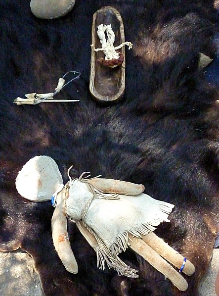 Plimoth-Plantation-poupees-indiennes.jpg