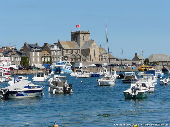 Barfleur - Une Vigie À L'extrême Du Cotentin -  Par Détours En France