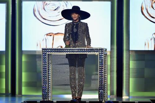 Beyonce est devunue icône de la mode par CFDA