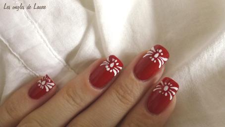 Nail Art rouge et blanc facile à réaliser