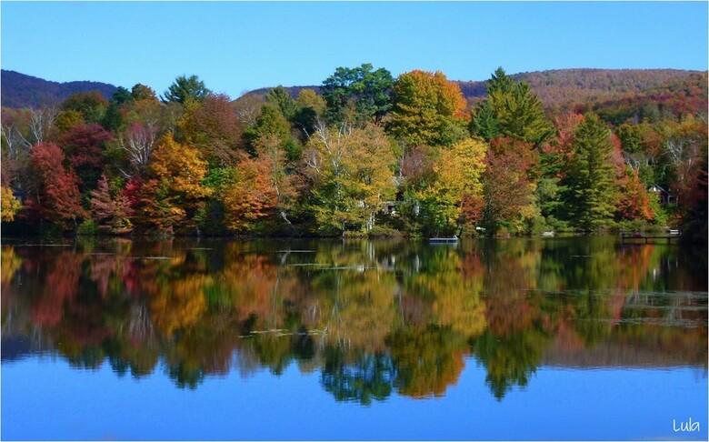 Couleurs d'automne dans les Cantons de l'Est du Québec