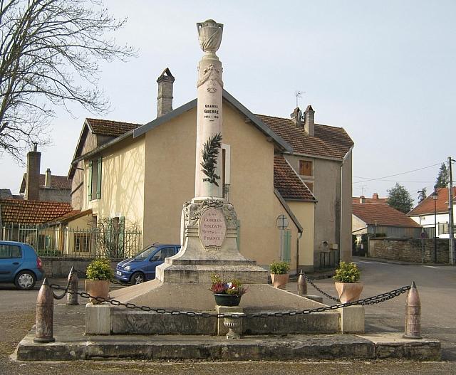 Sacquenay1