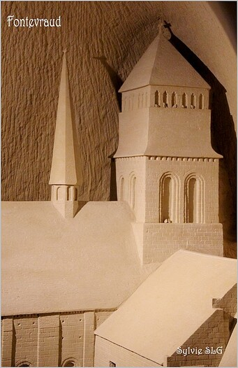 Pierre et Lumière (sculptures en troglodytes)