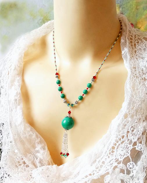 Collier pendentif Turquoise verte et cristal de Swarovski rouge / plaqué argent et argent 925