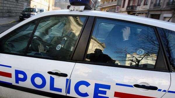 Paris : la police abat un homme armé dans le XVe arrondissement