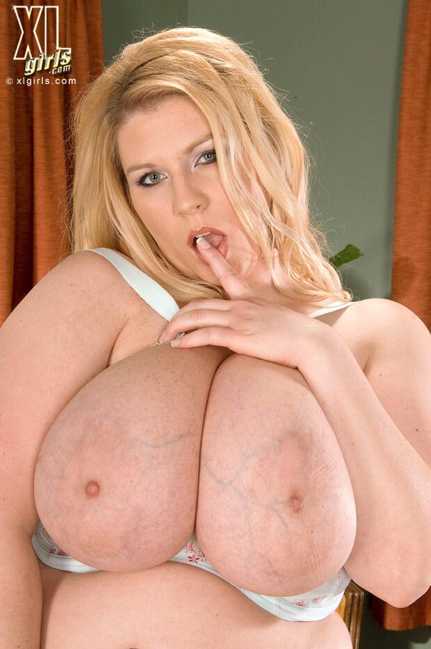 Renée Ross -3-