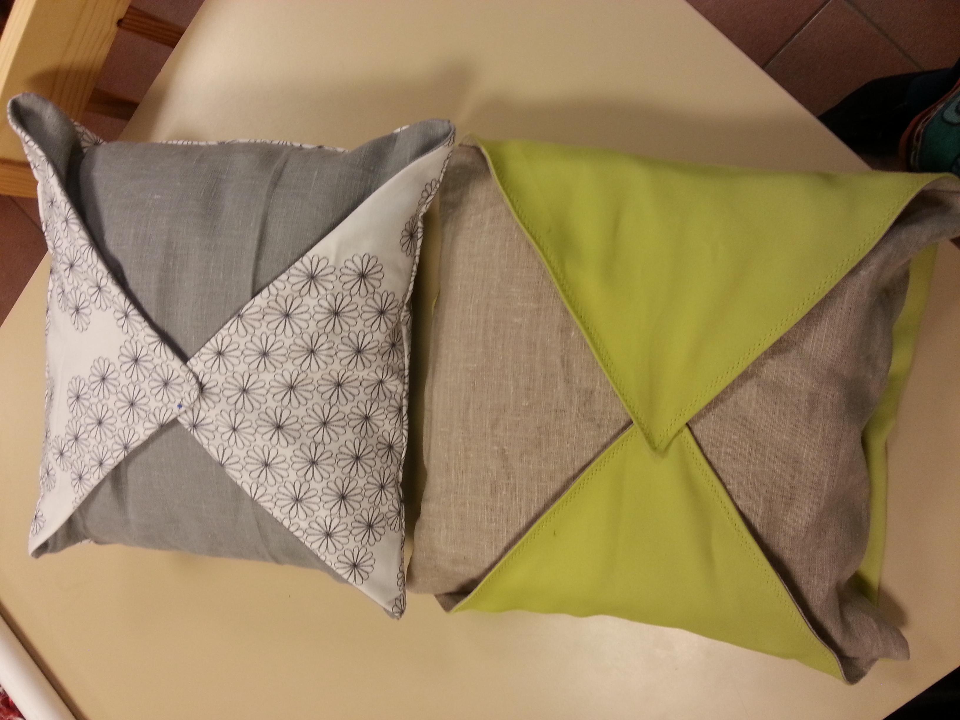 lundi 15 avril 2013 housse de coussin en couture les doigts des f es concarneau. Black Bedroom Furniture Sets. Home Design Ideas
