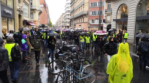 Acte XXI, entre répression et mobilisation, des manifestants plus nombreux