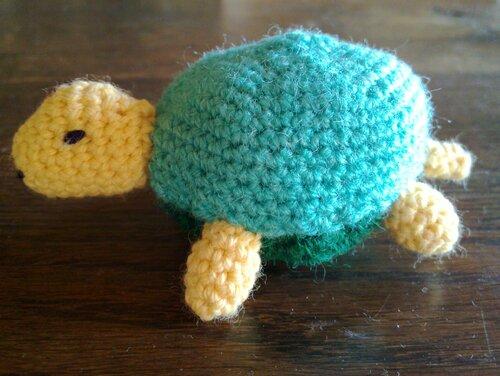 Une tortue aux couleurs du printemps...