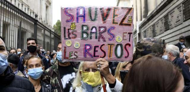 « On reste ouvert » : à 24 heures de leur fermeture, les restaurateurs de Marseille crient leur colère
