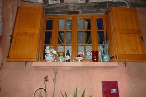 Albi, rose brique et bleu pastel