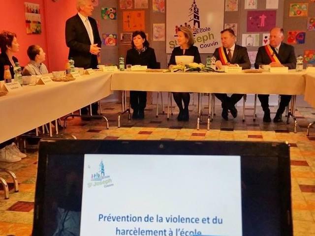 """""""Stop au harcèlement à l'école""""!"""