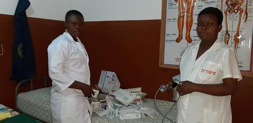 Du matériel médical pour un dispensaire