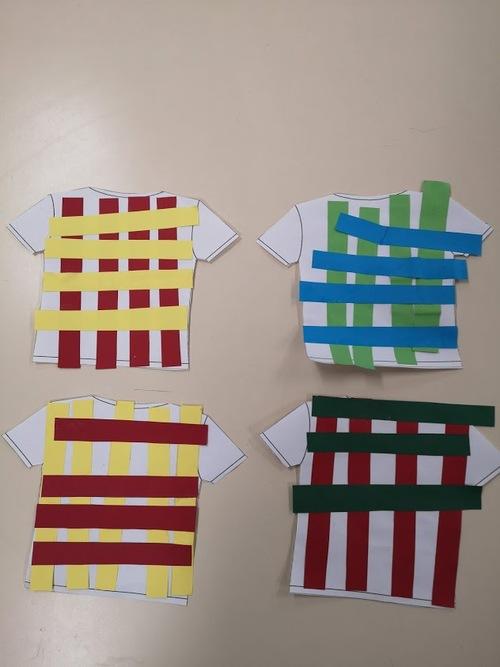 Graphisme Quadrillage S.2b: collage de bandes sur un t-shirt