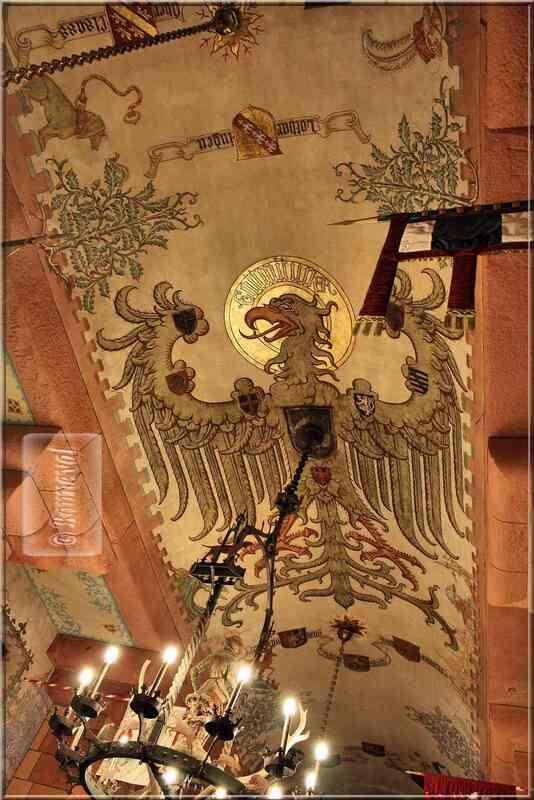 Alsace Haut-Koenigsbourg plafond de la Salle du Kaiser armes de l'Empire Allemand