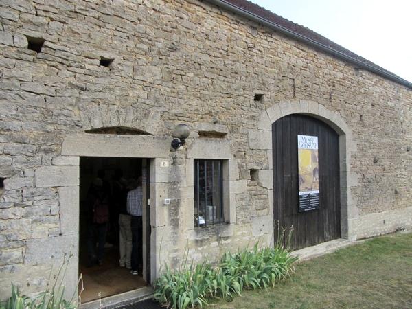 Une belle visite du village de Bussy le Grand, avec les Amis d'Aignay le Duc et des alentours