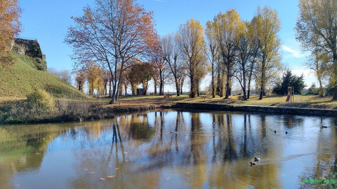 Bourg sur Gironde (33)