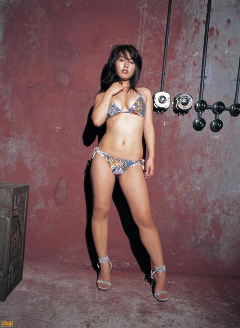 WEB Gravure : ( [Bomb.tv - GRAVURE Channel] - | 2005.06 | Sayaka Isoyama/磯山さやか )