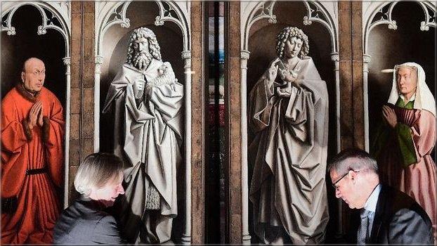 """A Gand, le chef d'oeuvre """"L'Adoration de l'Agneau mystique"""" revit"""