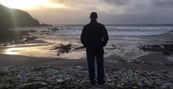 Une plage irlandaise disparue il y a 12 ans réapparaît dans la nuit