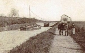 La rivière - Le chemin de halage