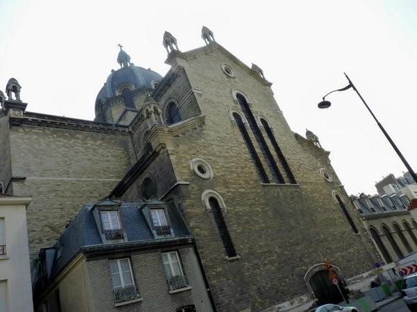 23 - Eglise Sainte-Anne-de-la-Butte-aux-Cailles