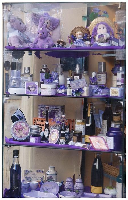 Vitrine de Toulouse....violettes
