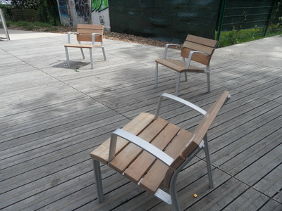 Pour en finir avec les chaises inamovibles