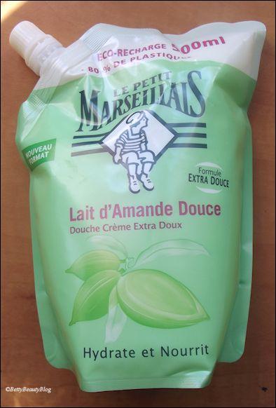 Test du gel douche au lait d'amande douce le petit marseillais