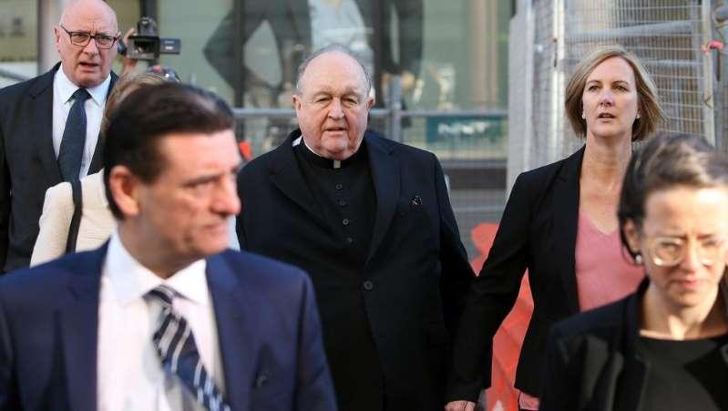 Australie: un archevêque reconnu coupable d'avoir caché des abus pédophiles
