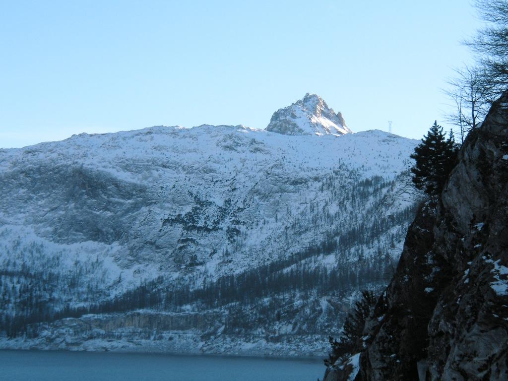 Le Lac D'annecy et le Barrage de Tigne