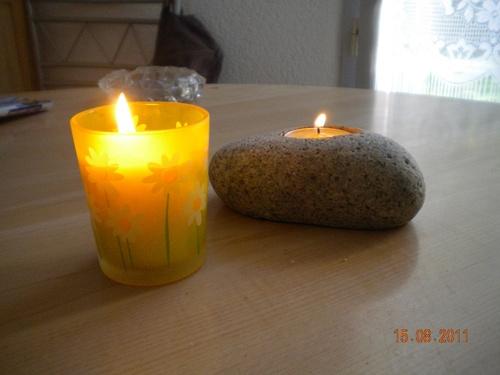 galets  et bougies pour Marie