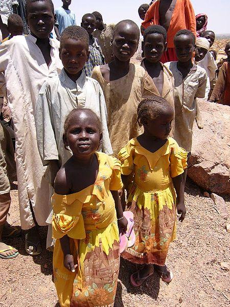 450px-Refugee children in Chad