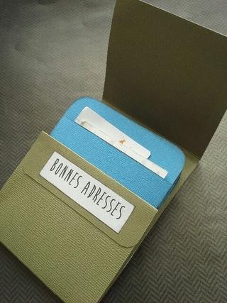 Book pockets