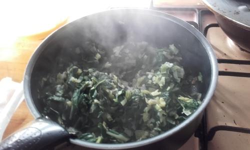 Blettes : 2 recettes pour le prix d'une...Quiche et côtes au curry