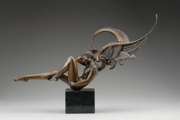 Les sculptures en bronze de Michael Parkes