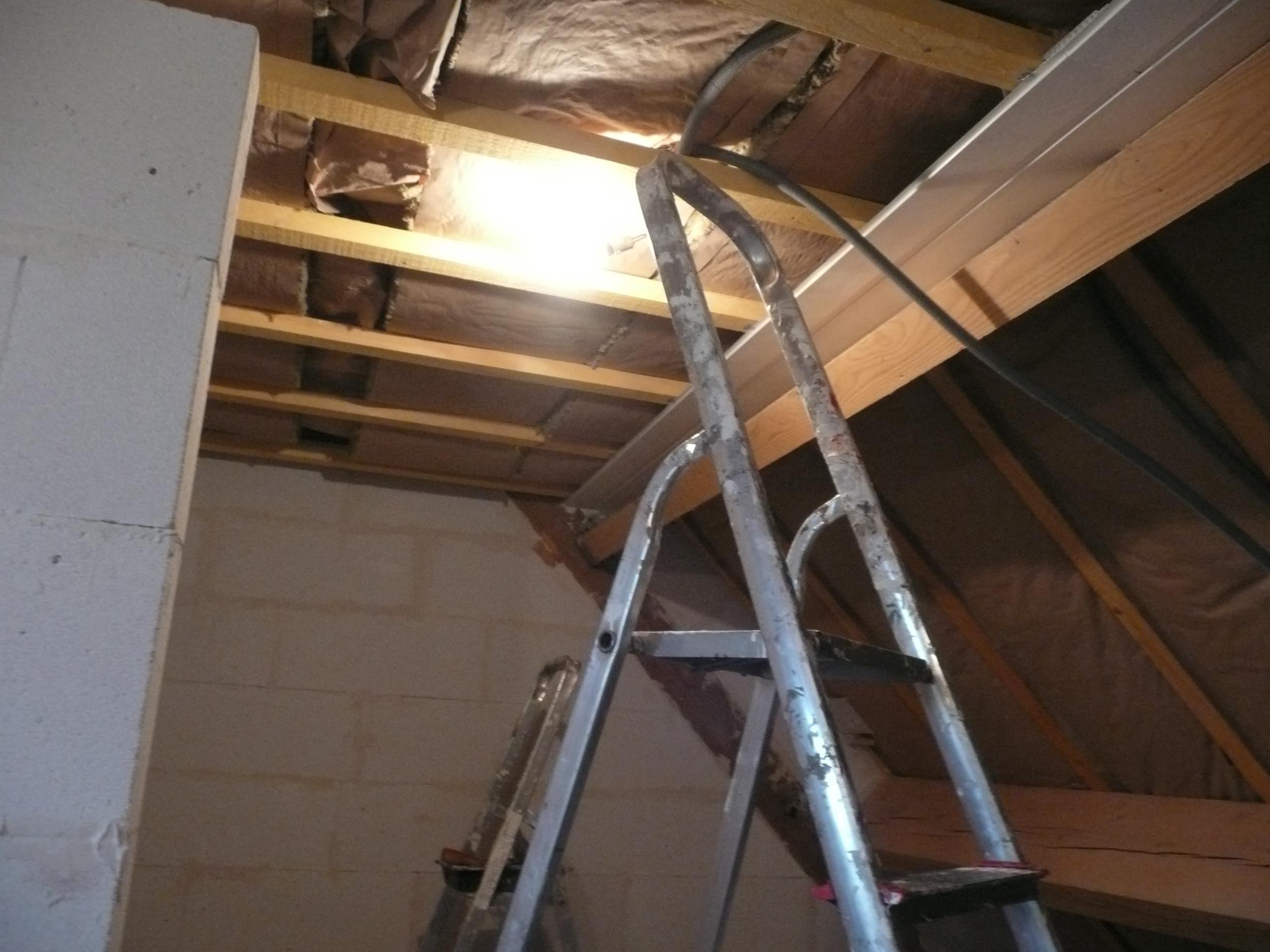 Les travaux page 6 r nov malong re58 for Pose de lambris pvc au plafond