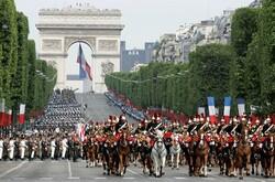 LA REPUBLIQUE S'ENRACINE EN FRANCE