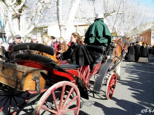 Saint-Valentin: La fête des amoureux Roquemaure 2013