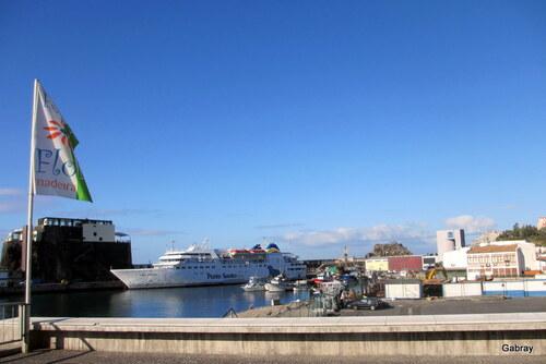 Madère : bateaux de croisière ... n19