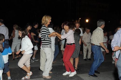 señoras que bailan