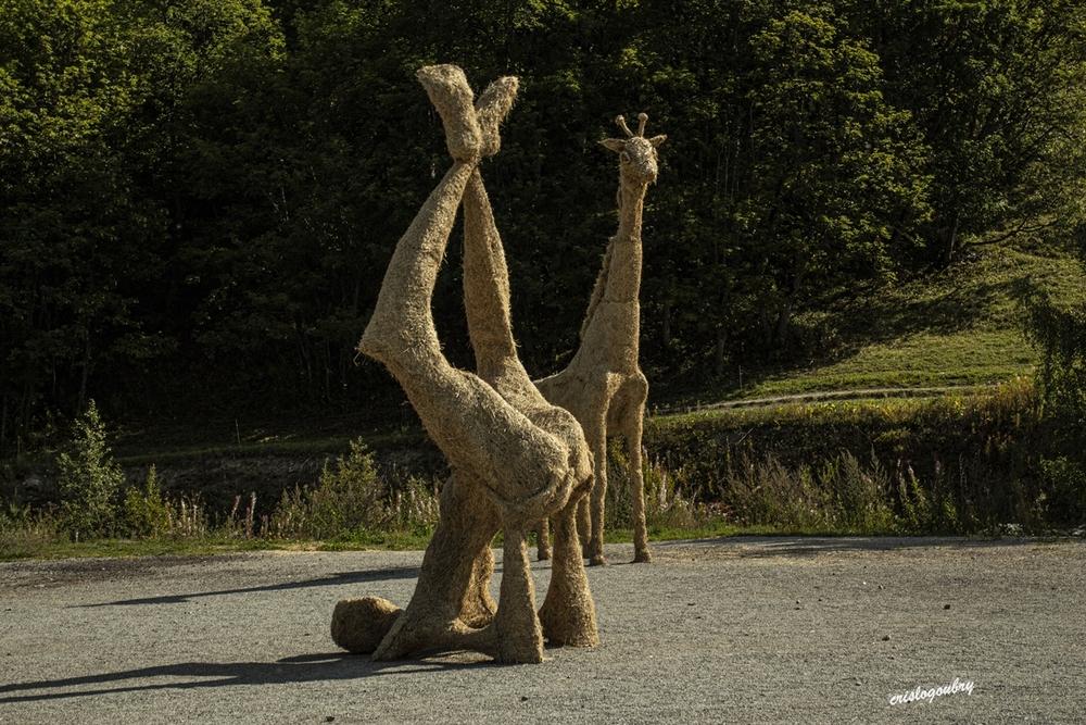 Sculptures en paille