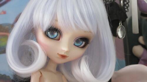 Des nouvelles custo chez mes dolls!
