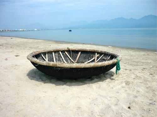 de drôles de barques de pêche