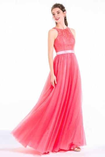 Robe dentelle rose pastèque pour soirée mariage encolure ronde dos à découpe